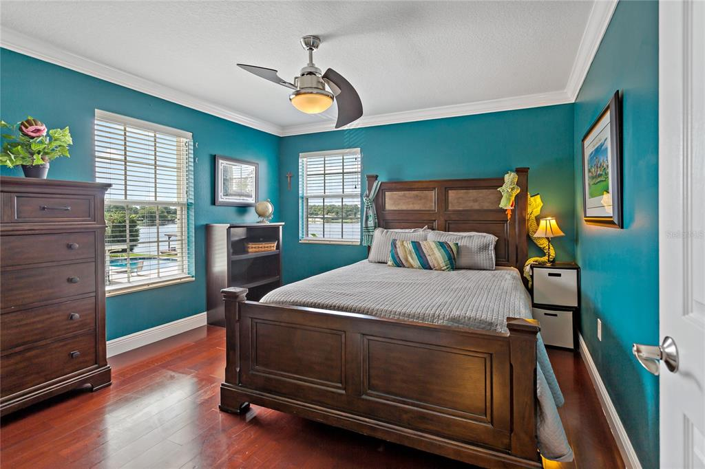 Image 19 of 82 For 22757 Southshore Drive