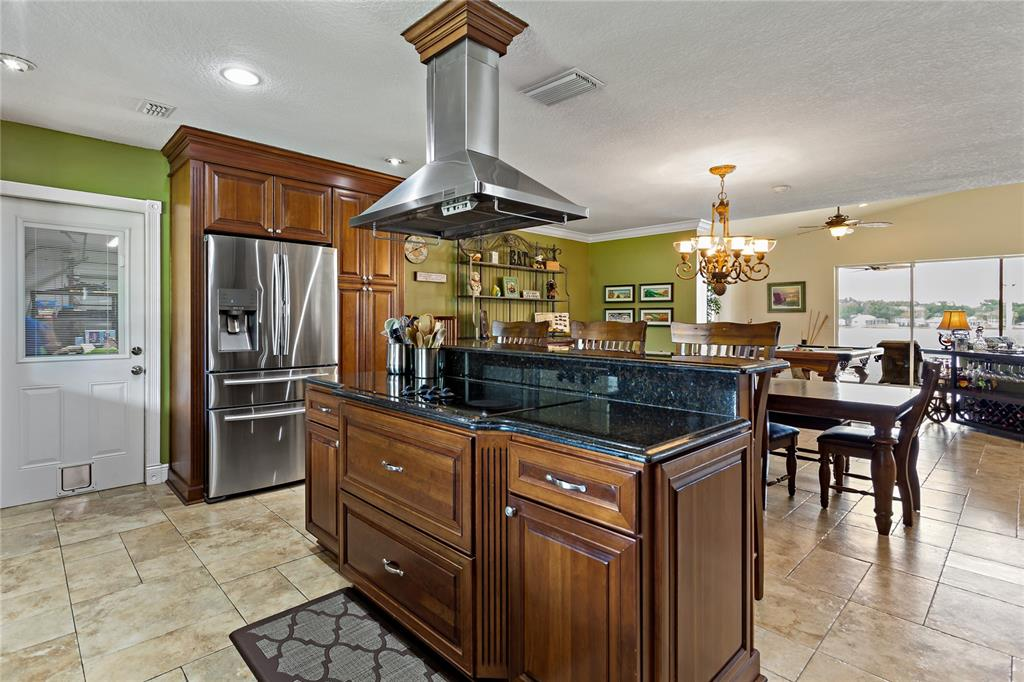 Image 7 of 82 For 22757 Southshore Drive