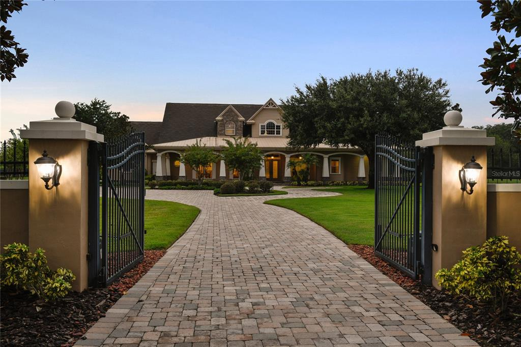 Details for 17240 Breeders Cup Drive, ODESSA, FL 33556