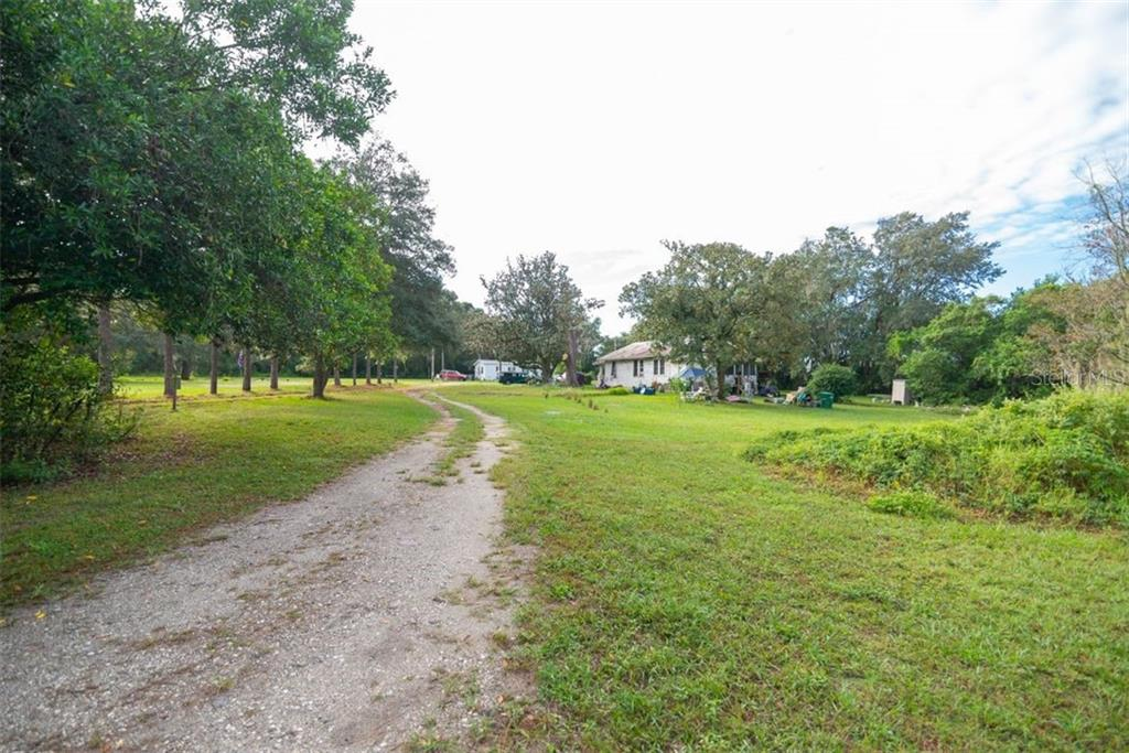 Details for 9350 Harney Road, THONOTOSASSA, FL 33592