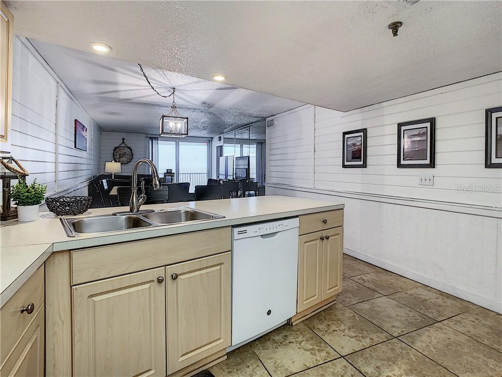 Image 7 For 14700 Gulf Boulevard 302