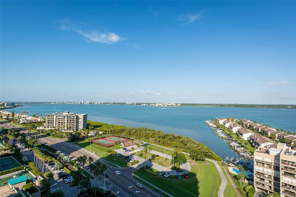 Image 53 For 1560 Gulf Boulevard 1607