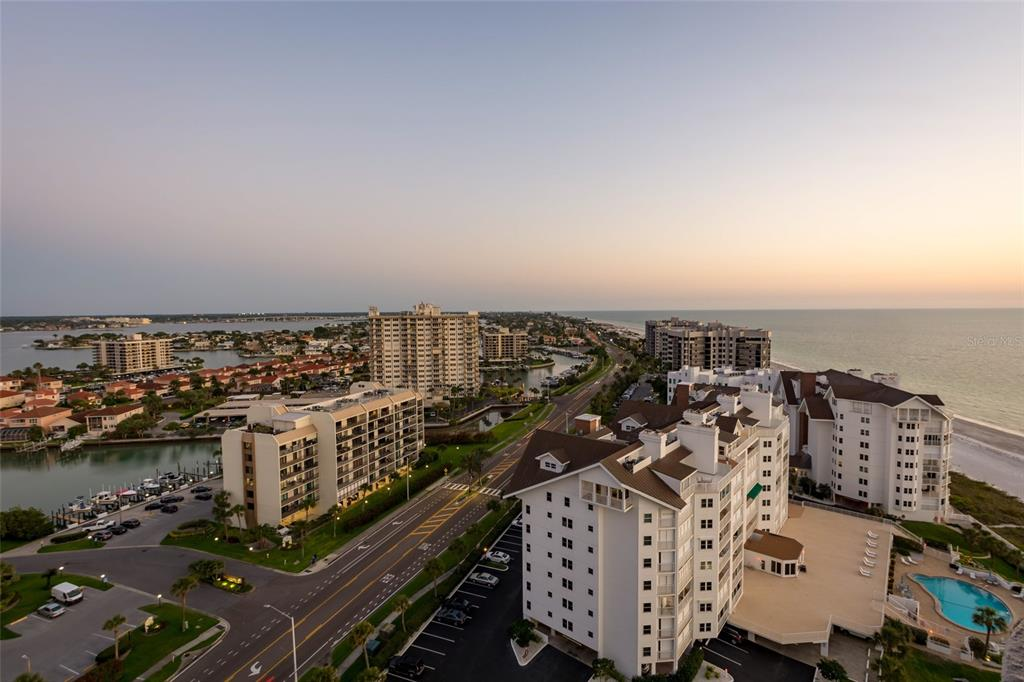 Image 66 For 1560 Gulf Boulevard 1607