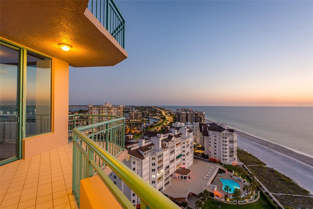 Image 68 For 1560 Gulf Boulevard 1607