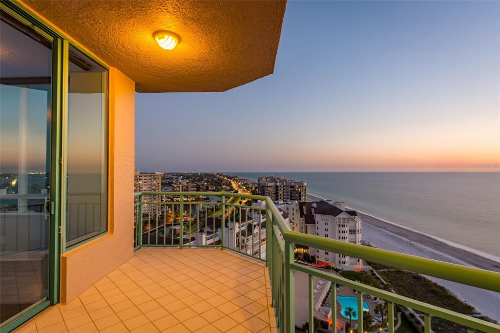 Image 69 For 1560 Gulf Boulevard 1607