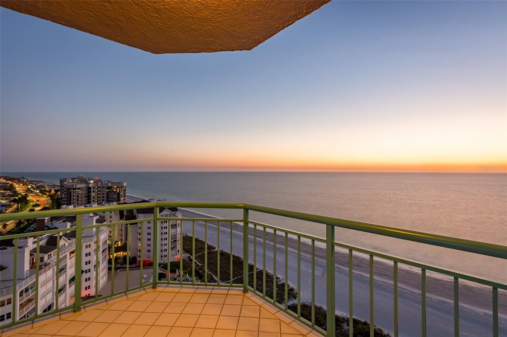 Image 70 For 1560 Gulf Boulevard 1607