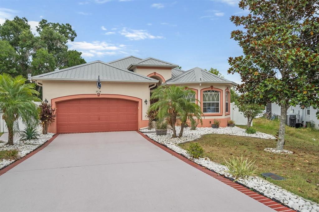 Details for 37114 Highland Bluff Circle, DADE CITY, FL 33523