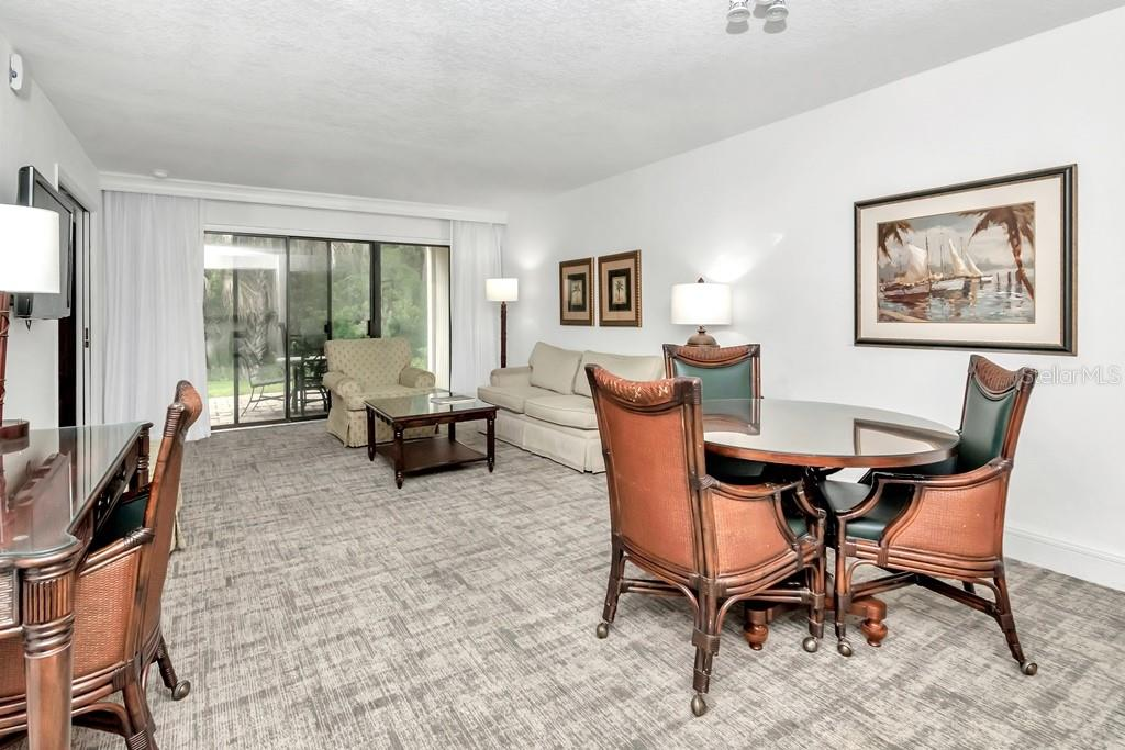 Image 3 For 4758 Fox Hunt Drive, #407-409