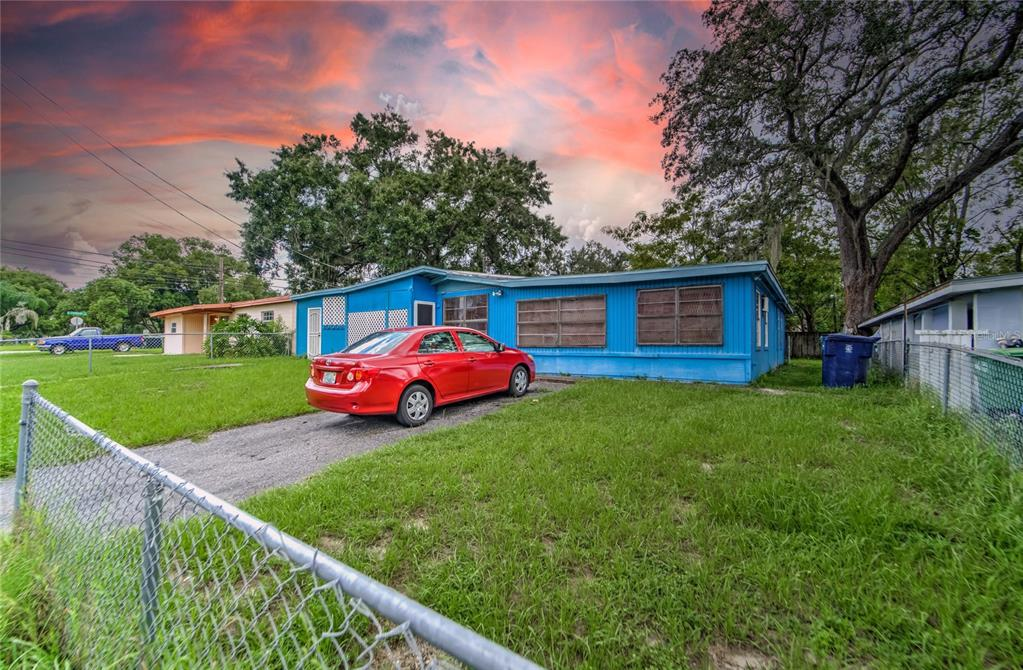 Details for 10004 27th Street, TAMPA, FL 33612