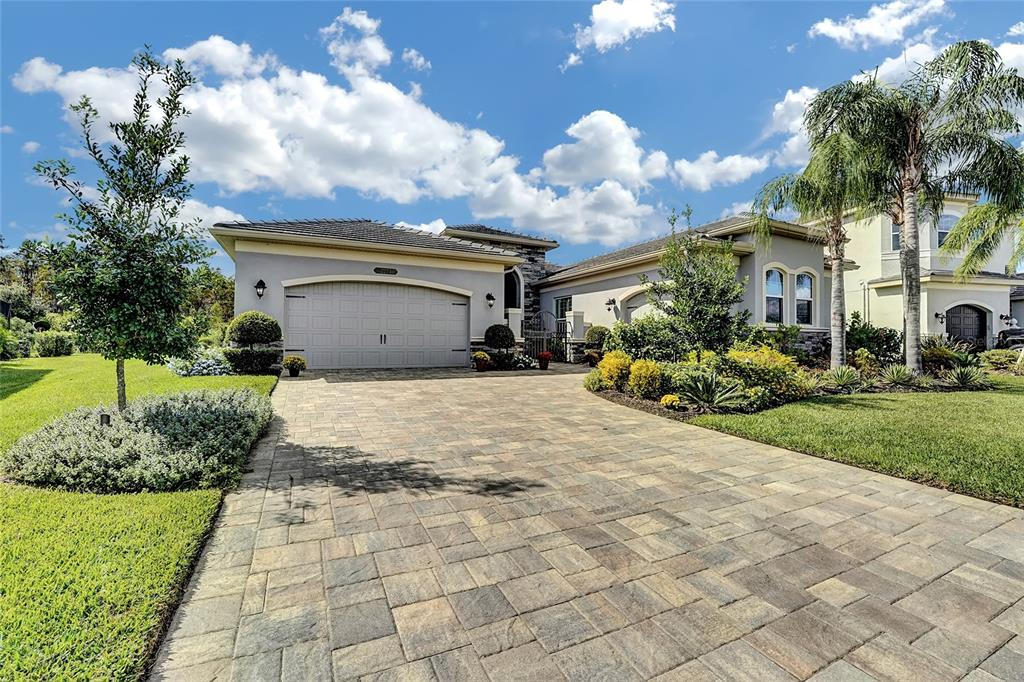 Details for 2273 Hollow Forest Court, WESLEY CHAPEL, FL 33543