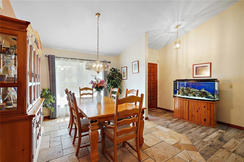 Image 10 For 1448 Glenmore Drive
