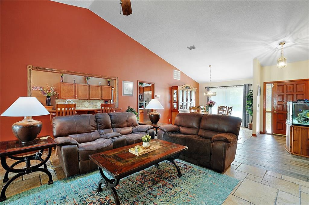 Image 9 For 1448 Glenmore Drive