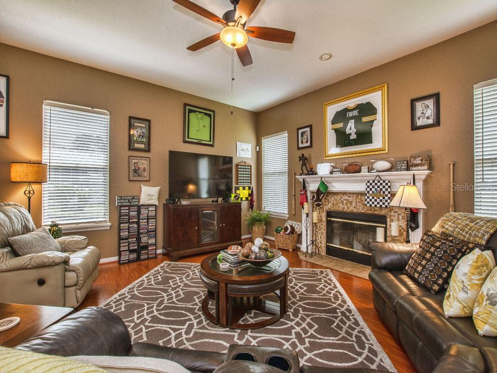 Image 19 For 245 Meadow Bay Ct