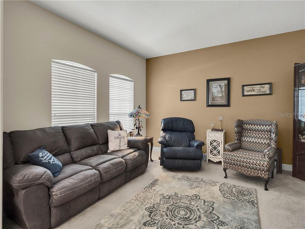 Image 6 For 3912 Knott Drive