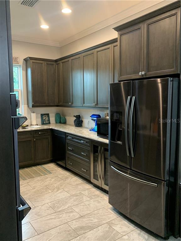 Listing photo id  for 114 7th Street