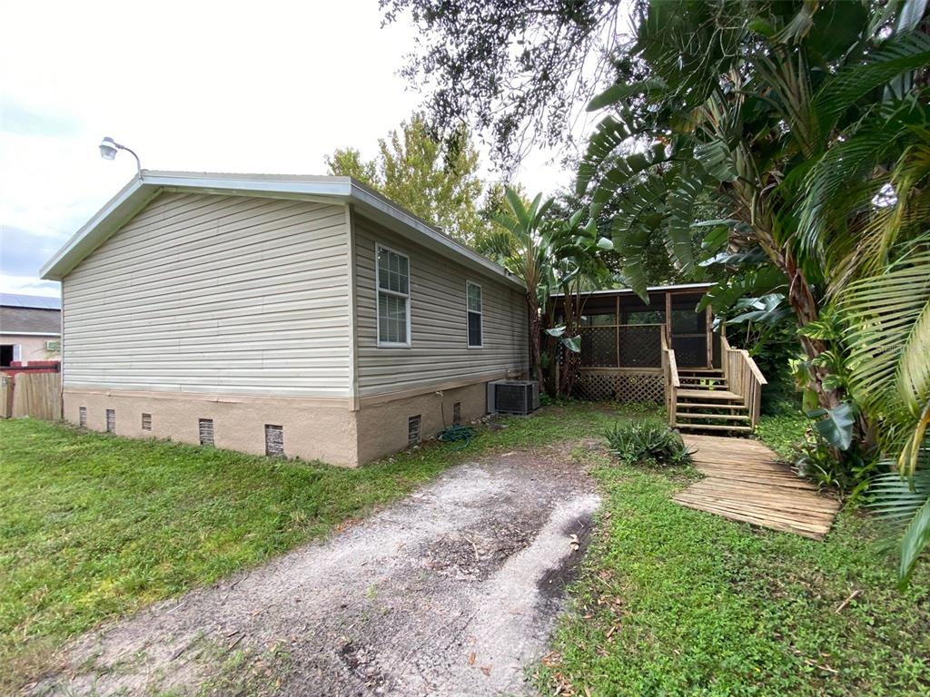Image 2 For 9957 6th Avenue