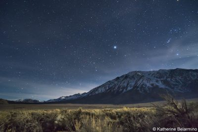 image of the night sky near Bishop with mountains