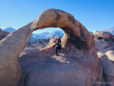 Mobius Arch. Mt. Whitney.