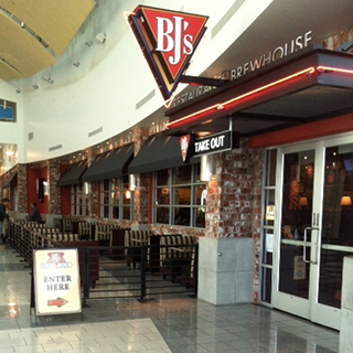 San Bruno, California Location - BJ's Restaurant & Brewhouse
