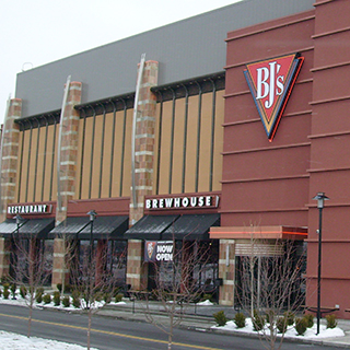 Tri-County Mall, Cincinnati, Ohio Location - BJ's Restaurant & Brewhouse