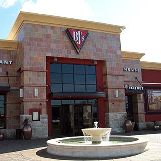 Modesto, California Location - BJ's Restaurant & Brewhouse