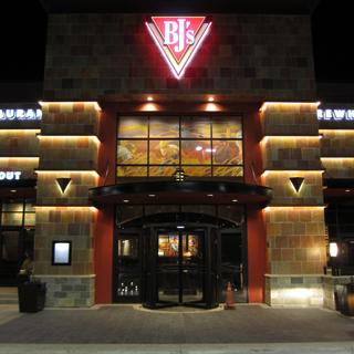 Lubbock, Texas Location - BJ's Restaurant & Brewhouse