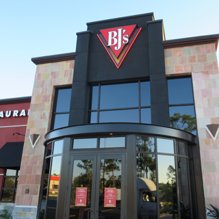 Fort Myers, Florida Location - BJ's Restaurant & Brewhouse