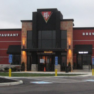 Beavercreek, Ohio Location - BJ's Restaurant & Brewhouse