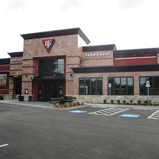 Eugene, Oregon Location - BJ's Restaurant & Brewhouse