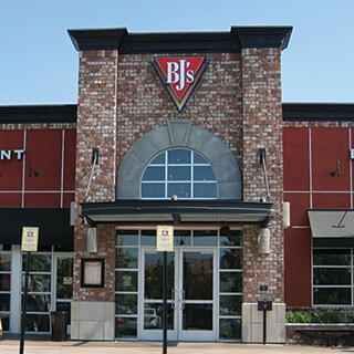 San Bernardino, California Location - BJ's Restaurant & Brewhouse