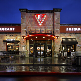 Plano, Texas Location - BJ's Restaurant & Brewhouse