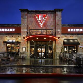 Plano, Texas Location - BJ's Restaurant & Brewhouse