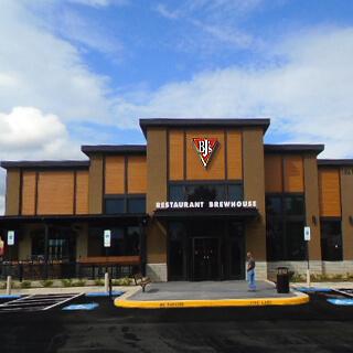Fredericksburg, Virginia Location - BJ's Restaurant & Brewhouse
