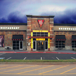 Oklahoma City, Oklahoma Location - BJ's Restaurant & Brewhouse