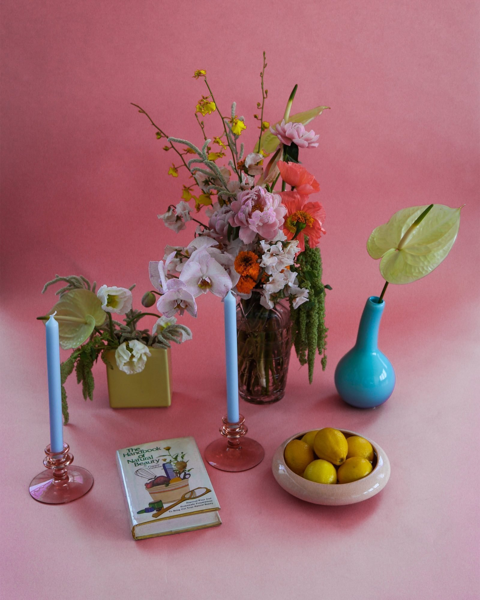 Mid-Century-Citrus-Bowl-in-Salmon-Pink-3