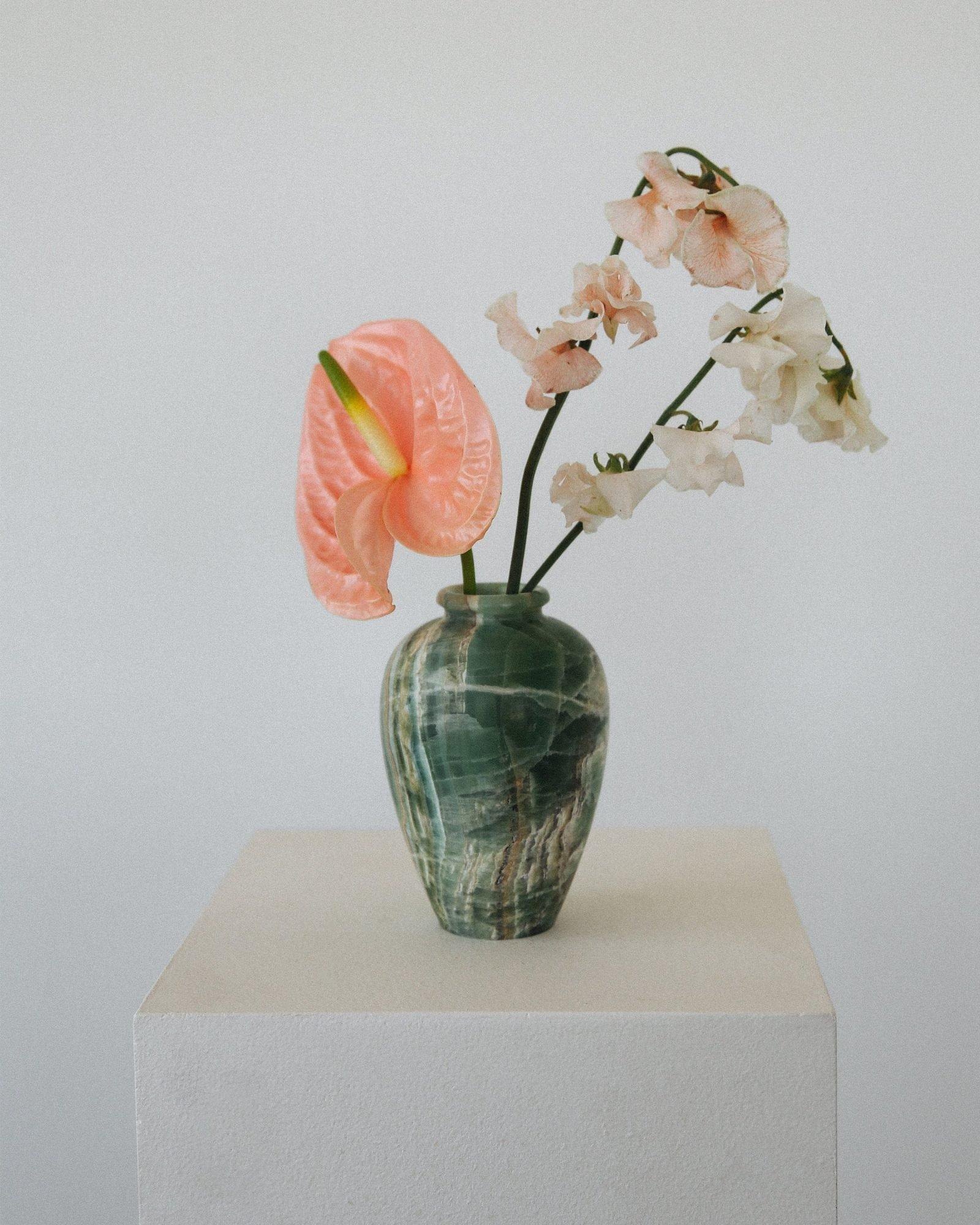 Tuscan-Onyx-Vase-1