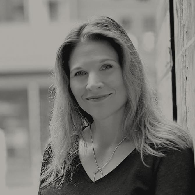 Cynthia  La Rowe
