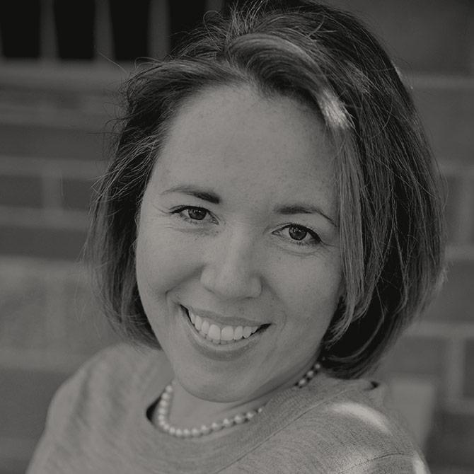 Tania  Fernandez De  Castro
