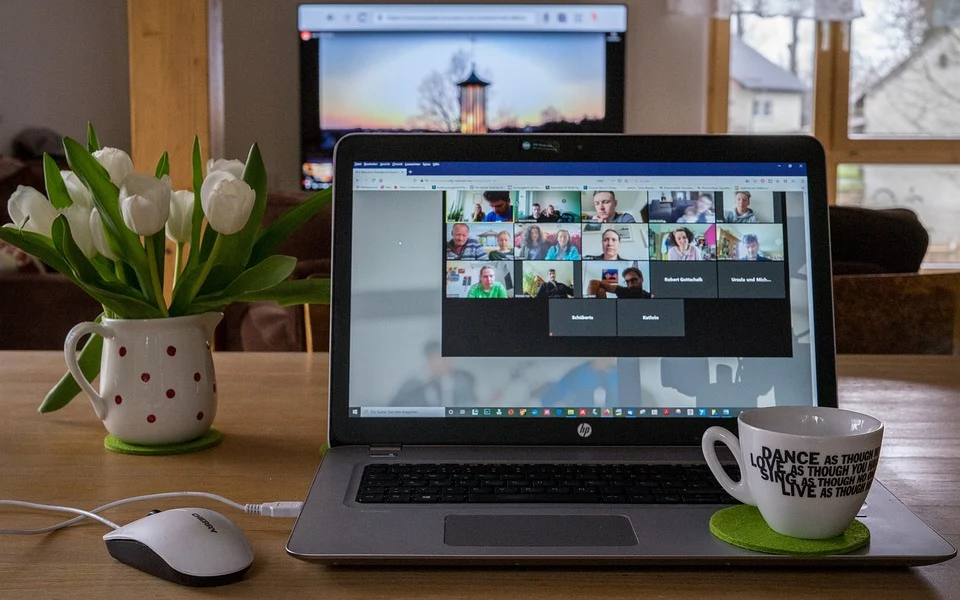 While virtual meetings are great in a pinch when you work from home, they're no substitute for office meetings.