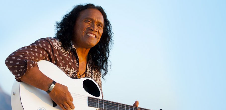 Henry Kapono photo