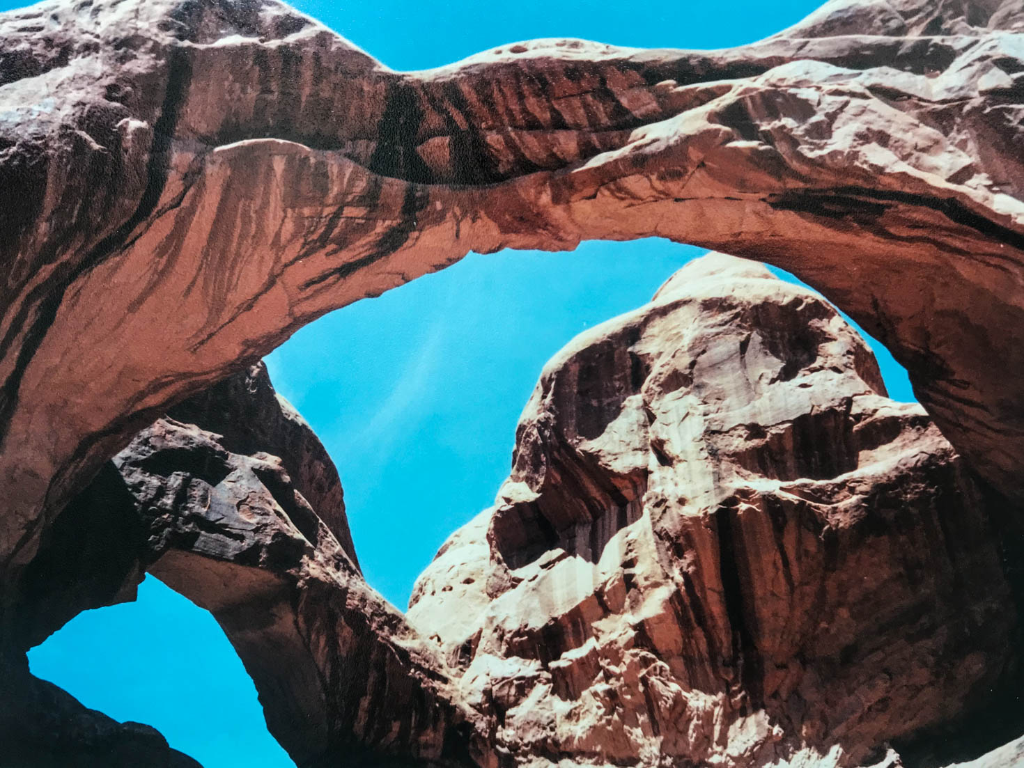 Elephant Arch, Arches National Park, Moab, Utah #vezzaniphotography