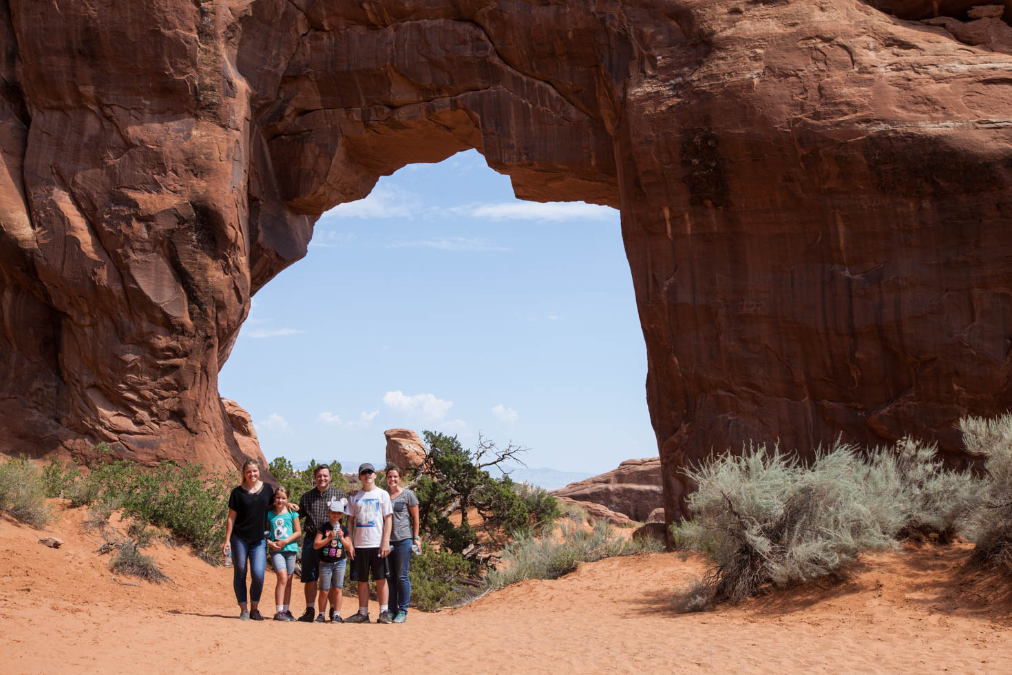 Pine Tree Arch, Arches National Park, Moab, Utah #vezzaniphotography
