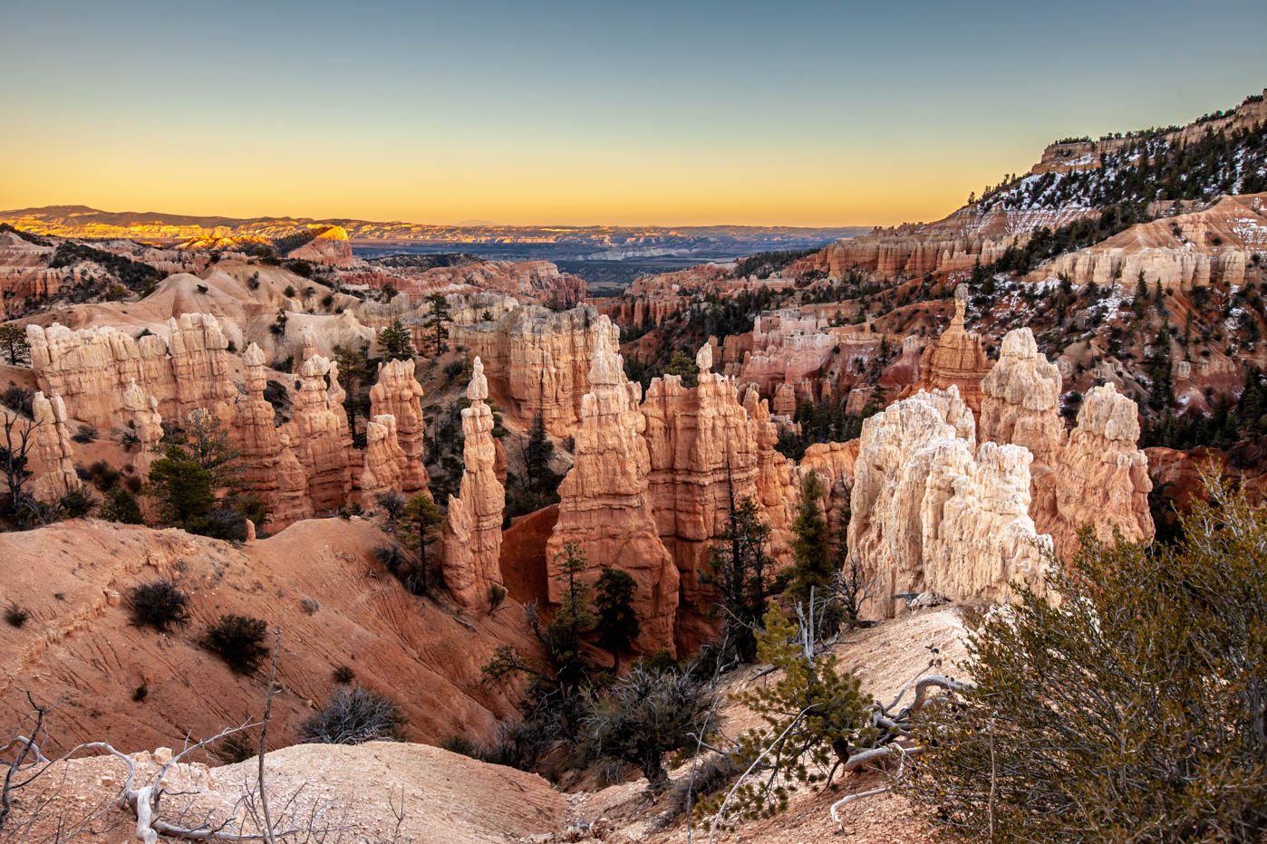 Sunset at Fairyland Canyon in Bryce Canyon National Park Best Photo Spots Bryce Canyon #vezzaniphotography