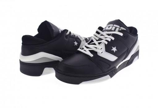 CONVERSE 165045 BLACK/WHITE/DOLPHIN ERX 260 OX  25-30