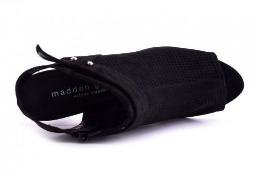 MADDEN GIRL BABYLO N BLACK FABRIC  22.0-27.0