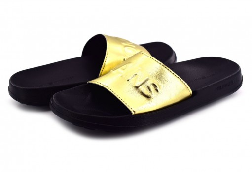 TOMMY HILFIGER EN0E N00227 708 LIGHT GOLD TJ METALLIC POOL SLIDE  23-27