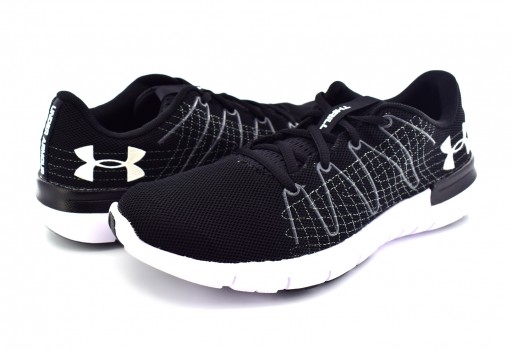 UNDER ARMOUR 1 295770 001 BLK/RHG/WHT W THRILL 3  23-27