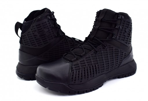 UNDER ARMOUR 1 299242 001 BLACK STRYKER  26-30