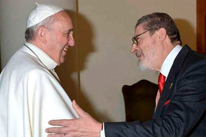 Muere por covid-19 el médico personal del papa Francisco