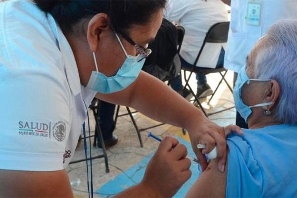 Quintana Roo avanza al 90.2% en la aplicación de las vacunas de AstraZeneca